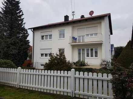 Schönes Haus mit fünf Zimmern in Reichertshofen, Kreis Pfaffenhofen a.d. Ilm