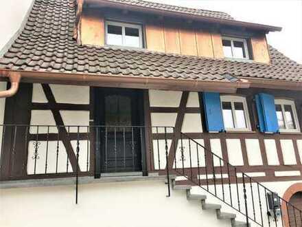 Ideal für Paar oder Einzelperson -- renoviertes Fachwerkhaus 4 Zimmer in 79276 Reute