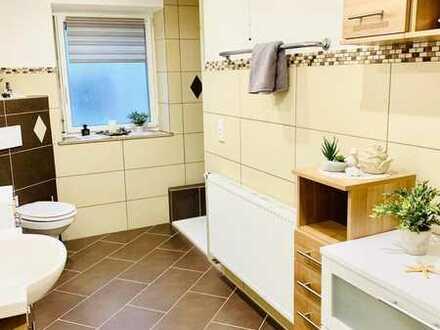 Single- oder Pärchenglück auf 100qm - Balkon - Einbauküche - Luxusbad - Stellplatz für Ihr Auto