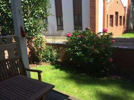 Mitten im Kreuzviertel EG-Wohnung mit Terrasse und Garten