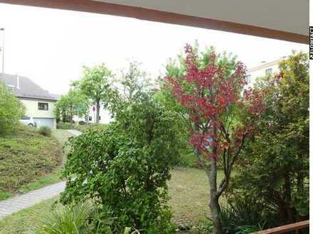 Gut geschnittene 4-Zimmerwohnung mit Balkon und TG-Stellplatz in ruhiger Lage von Ditzingen