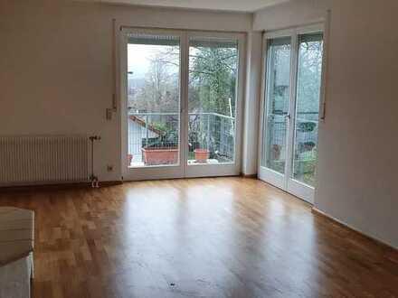 Schöne, geräumige DHH mit ELW und fünf Zimmern in Emmendingen Unterstadt