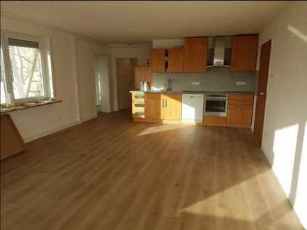 Helle 2-Zi-Wohnung * Aussichtslage * Reichenbach a.F.