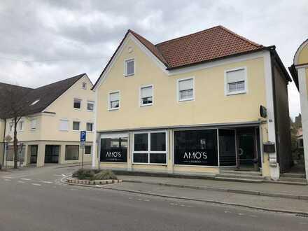 Attraktives 5-Zimmer-Einfamilienhaus in Thannhausen mit Geschäft im Untergeschoss