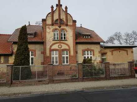 Bild_schöne, sanierte u. ruhige 3-Zimmer-Whg im EG links mit Terrasse, ca. 90 m²