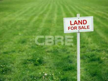 zu verkaufen über CBRE: Baugrundstück an der Autobahn