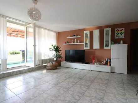 *KAPITALANLAGE* 3 Zimmer Wohnung mit großem Balkon und herrlicher Aussicht in Böblingen
