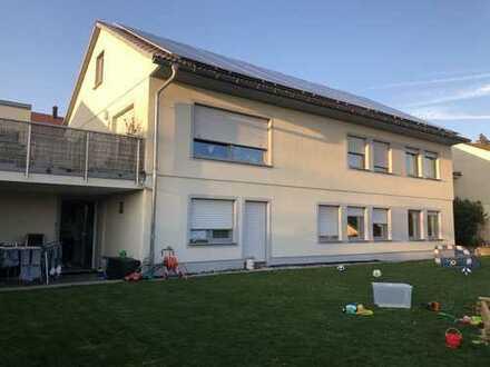 schöne 2-Zimmer-Wohnung mit Terrasse und EBK in Weikersheim