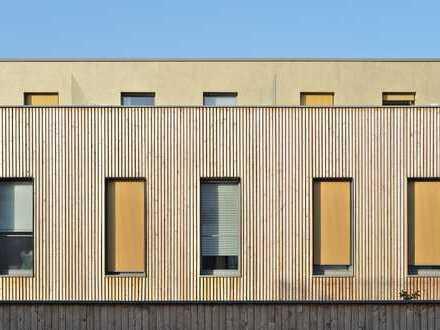 Reihenendhaus in moderner Architektur mit eigenem Garten