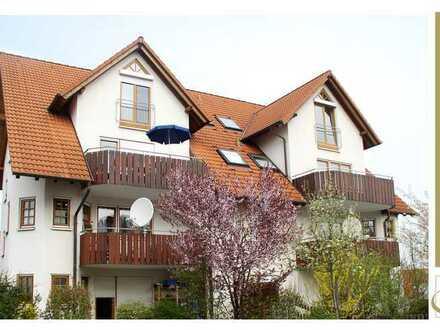 Wohnqualität in BAD RAPPENAU | 4 Zimmer-Galeriewohnung inkl. EBK, Balkon, 2 PKW-Stellplätze u.v.m.