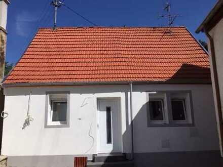 Komplett saniertes und modernisiertes Einfamilienhaus in Monsheim