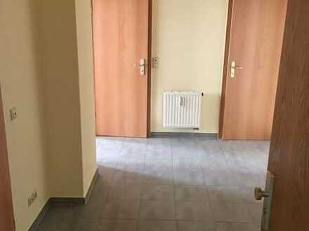 Schöne drei Zimmer Wohnung mit Einbauküche in Mittelsachsen (Kreis), Freiberg