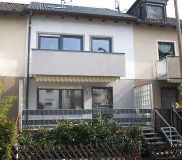 Schönes Haus mit fünf Zimmern in Erlangen, Alterlangen