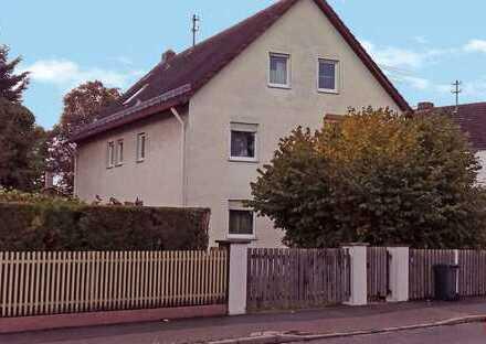 4 ZKB mit Gartenanteil/Wintergarten und Terrasse