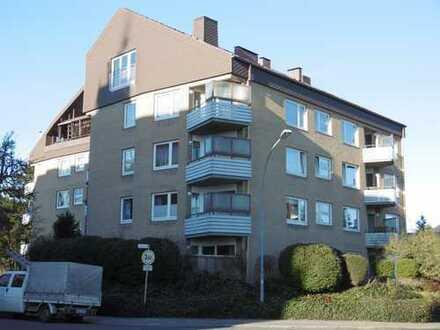 Meckelfeld alter Ortskern, Penthouse 2 Zimmer, Kamin, Sauna, große Loggia