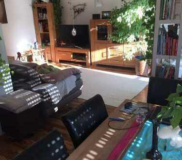 Schöne 4-Zimmer-Wohnung mit Balkon und EBK in Bad Vilbel