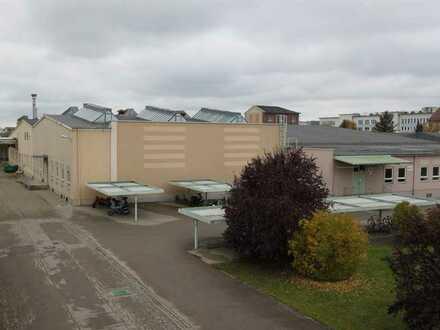 Flexibel teilbare Lagerfläche von 135 - 300 m²