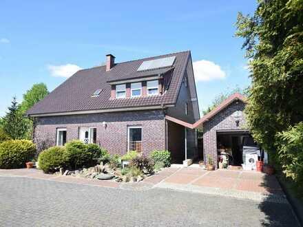 Hamm-Uentrop ! Freistehendes Einfamilienhaus mit Lagerhalle im Gewerbegebiet !