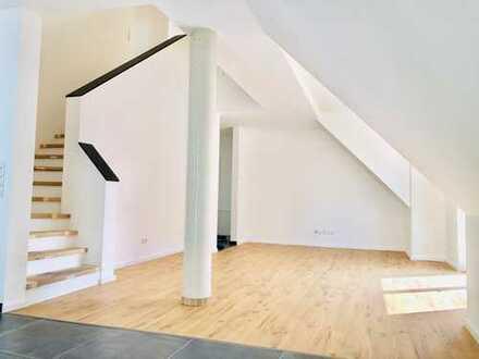 Hell und neu: 2,5-Zimmer auf 2 Ebenen