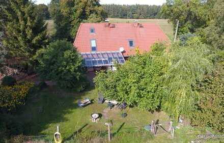 Schönes Fachwerkhaus mit ca. 18.500 m² Grundstück