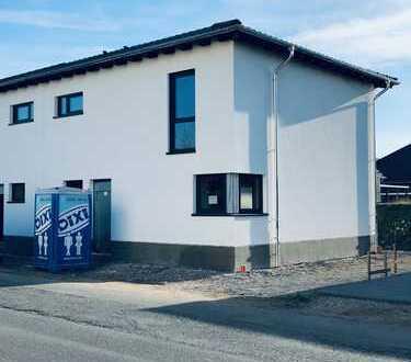 Schöne Doppelhaushälfte mit vier Zimmern in Olfen
