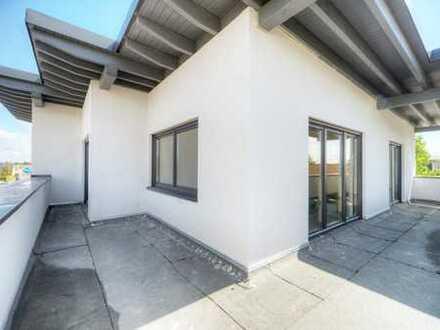 Exclusive Penthousewohnung mit großzügiger Dachterrasse in zentraler Lage; Erstbezug, Personenaufzug