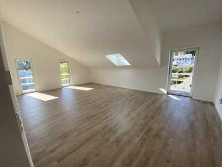 Erstbezug mit Balkon: schöne 3-Zimmer-Dachgeschosswohnung in Simmern/Hunsrück