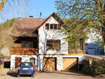 Schönes Haus im Ortskern in Bad Rippoldsau-Schapbach
