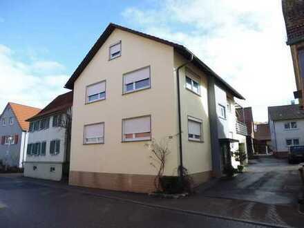 Gepflegtes Zweifamilienhaus im Zentrum von Dörzbach