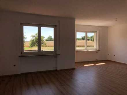 Vollständig renovierte 3-Raum-Wohnung mit Balkon und Einbauküche in Bamberg