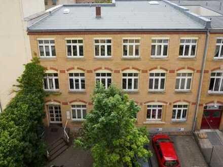 Büro gesucht? Der perfekte Raum für Individualisten inmitten der Dresdner-Neustadt