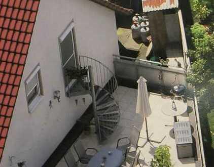 Großzügige 4,5-Zimmer-Wohnung mit Atelier, Balkon und Terrasse in Schorndorf-Haubersbronn