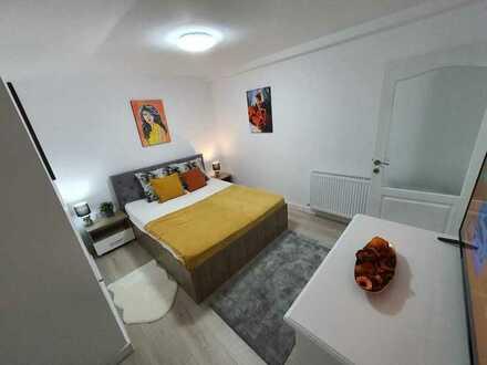 Modernisierte Wohnung mit zwei Zimmern sowie Balkon und EBK in Eigeltingen