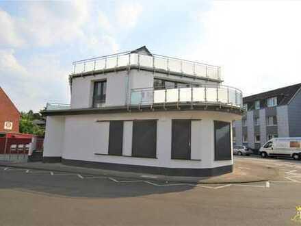 Großzügige Maisonette-Wohnung mit wunderschöner Terrasse !