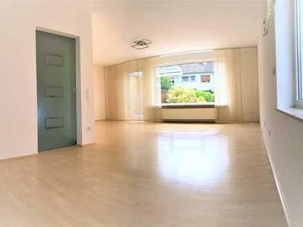 Helles 5-Zimmer-Haus mit EBK in Mainz-Lerchenberg / House for rent