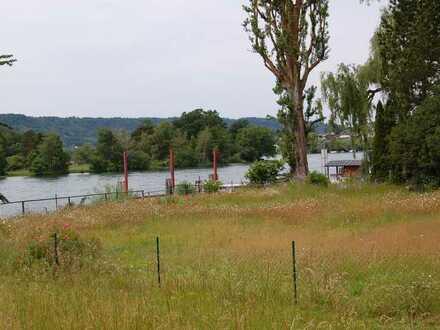 Traumwohnung am Rhein in der Exklave Büsingen am Hochrhein mit unverbaubarem direktem Rheinblick