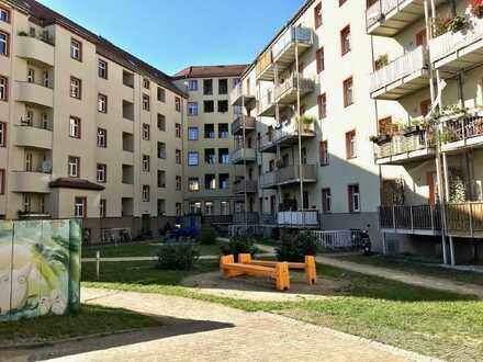 4 Raum Wohnung mit Balkon in der Dresdner Neustadt