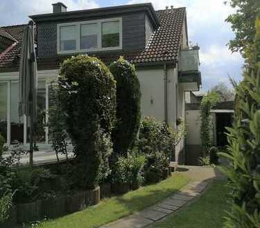 Sanierte 2-Raum-Wohnung in Zweifamilienhaus Dorf Saarn