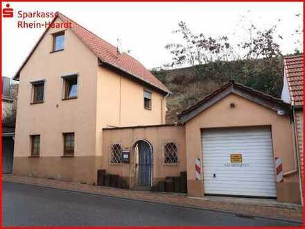 Solides Einfamilienhaus an der deutschen Weinstraße