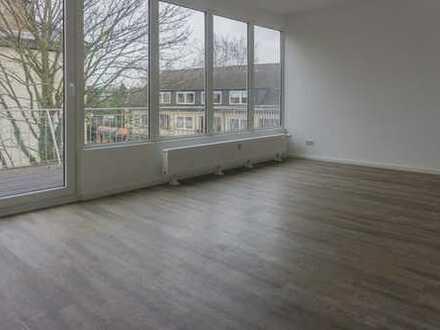 Wohnung mit Penthouse-Charakter und 2 großen Balkonen mitten in Niendstedten