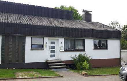 Schönes neun Zimmer Haus im Kreis Alfeld / Everode