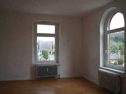 Gut geschnittene 2- Zimmer- Wohnung Nähe Deilbachtal zu vermieten