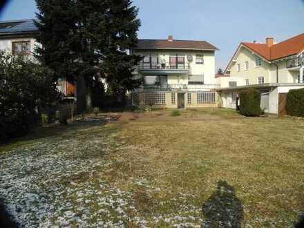 Großzügiges Wohnen mit herrlicher Gartenidylle in zentraler Lage von Schifferstadt!