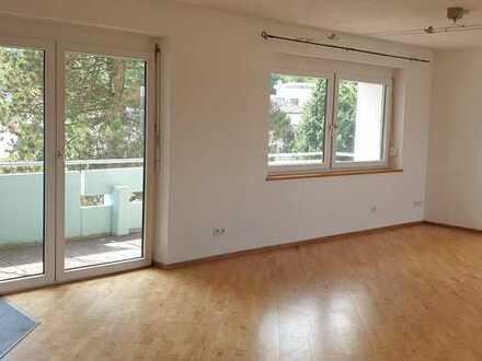 Gepflegte 4-Zimmer-Wohnung mit Südbalkon und Einbauküche in Königsbronn