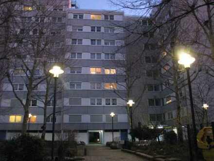 Renovierte 3 Zimmerwohnung in sehr zentraler Lage in Ludwigshafen