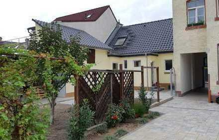 Kleines Einfamilienhaus für Gartenliebhaber