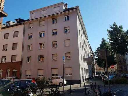 Perfekt geschnittene zwei Zimmer Wohnung in Mannheim, Schwetzingerstadt +++ Provisionsfrei
