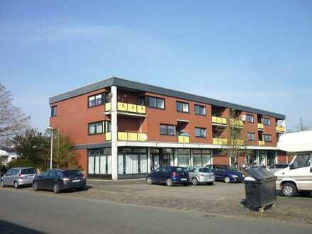 70 m²-Ladenlokal im kleinen Einkaufszentrum Kinderhaus!