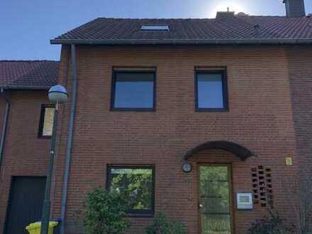 Exklusives, geräumiges und modernisiertes 7-Zimmer-Haus in Düsseldorf