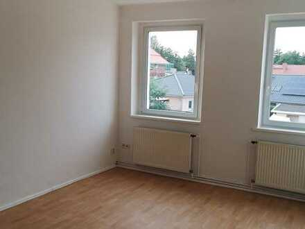 Helle 3-Zimmer-Wohnung in zentraler Ortslage von Hennickendorf zu vermieten!
